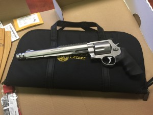 Smith and Wesson 500 01